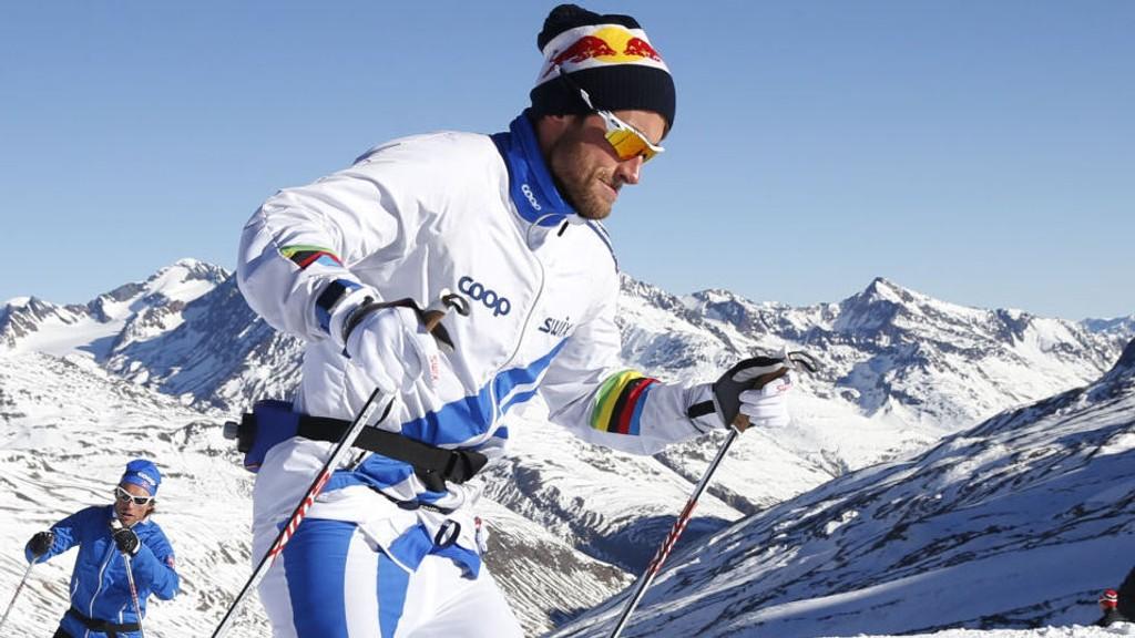AVGJØRELSE NÆRMER SEG: Petter Northug har frist til midnatt lørdag med å underskrive en representasjonsavtale med skiforbundet. Den vil gi ham rett til å starte i internasjonale renn (verdenscup og VM) for Norge.