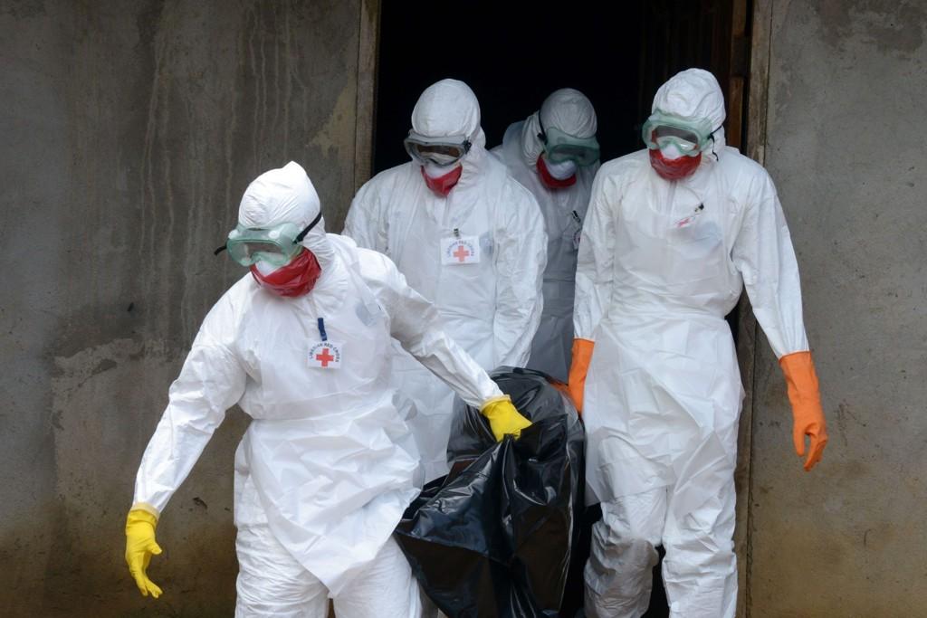 Norge øker antall helsearbeidere som skal sendes til Vest-Afrika for å bekjempe ebola.