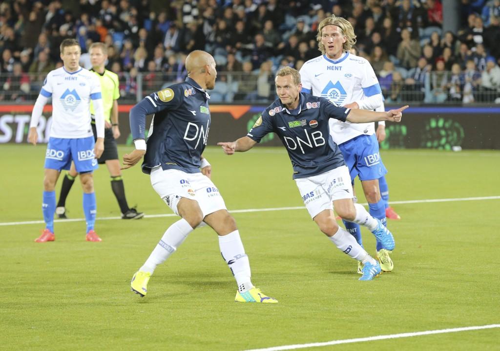DOBBEL: Øyvind Storflor puttet to mål mot Molde.