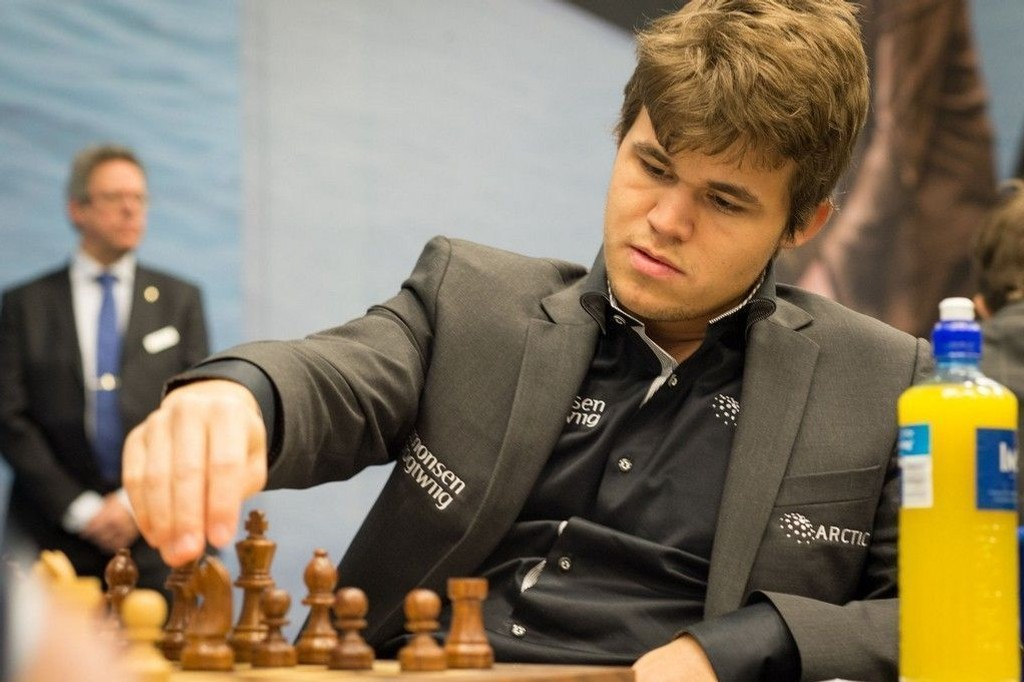 Magnus Carlsen i aksjon under en turnering i Holland i 2013.