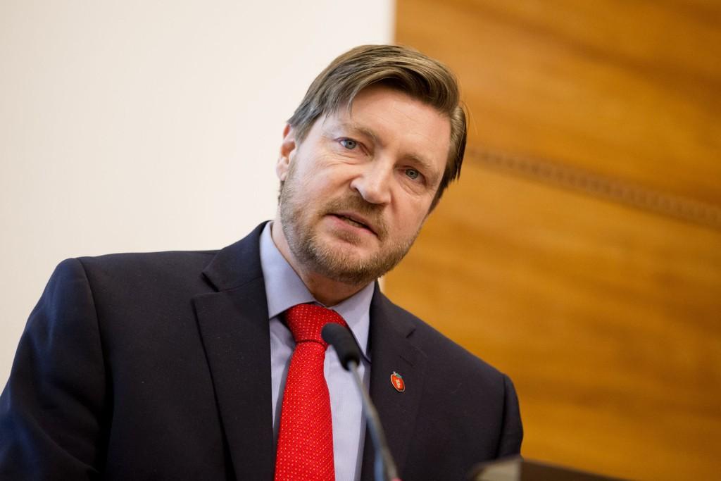 FYRER LØS MOT REDAKTØR: Christian Tybring-Gjedde (bildet) er ikke fornøyd med Marie Simonsen i Dagbladet.