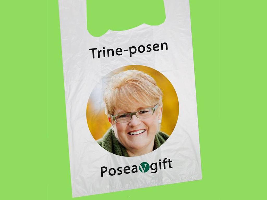 Fpu har laget en bildeillustrasjon med Venstre-leder Trine Skei Grande som poserer på en plastpose.