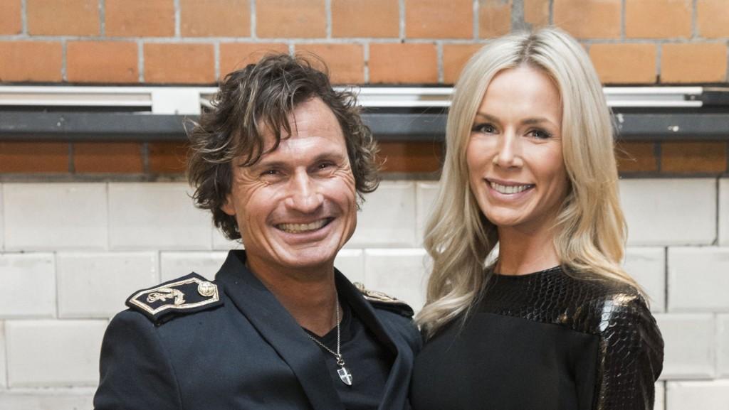 Petter Stordalen og Gunhild Stordalen under utdelingen av moteprisen Nåløyet 2014 på DogA.