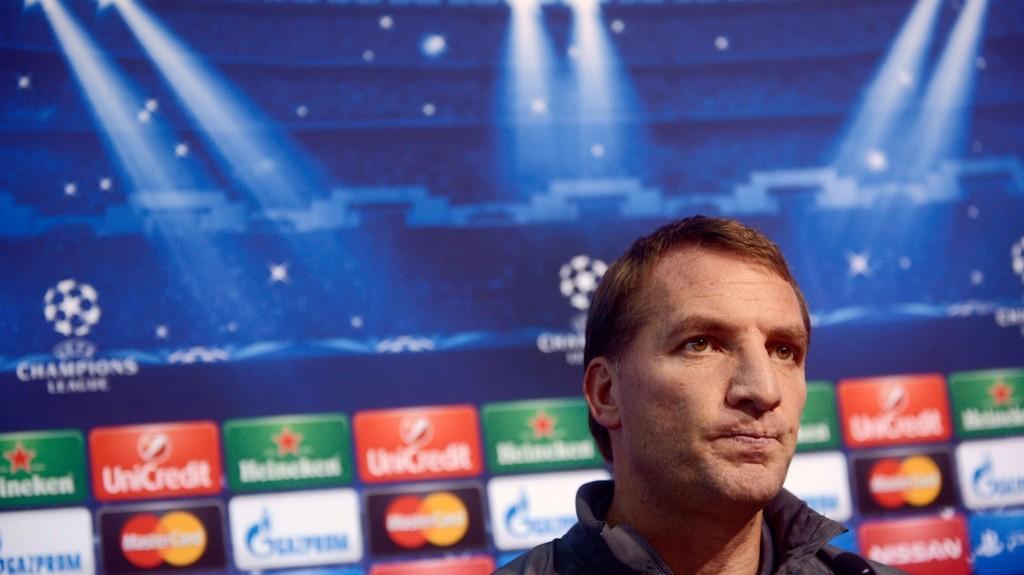 IKKE ENIG: Liverpool-sjef Brendan Rodgers mener Jamie Carragher tar feil når han mener rødtrøyene mangler karakter.