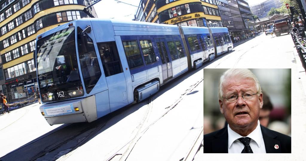 Carl I. Hagen (Frp) foreslår dyrere trikk, buss og bane. Til gjengjeld vil han ha mer penger til eldromsorg, allidrett og integrering.