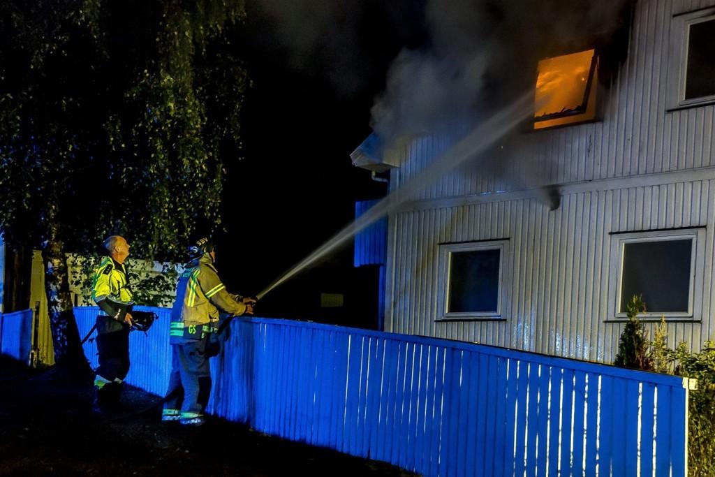 DØMT: En 53 år gammel mann er i Sarpsborg tingrett dømt for å ha tent på sitt eget hus. Foto: Tobias Nordli (Sarpsborg Arbeiderblad)