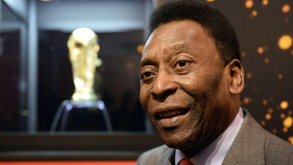 FLYTTES: Edson Arantes do Nascimento, bedre kjent som Pelé, har slitt med sykdomsplager de siste ukene.