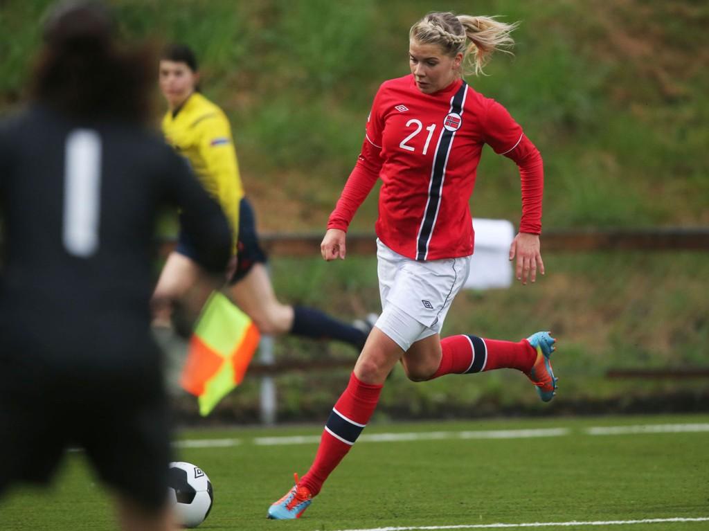 MÅLSCORER: Det tok nok en gamng lang tid før Norge scoret mot New Zealand, men Ada Hegerberg fikset den ene av to fulltreffere på slutten.