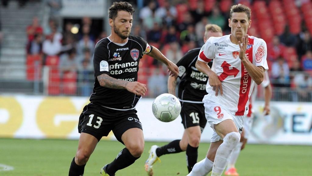 Brest-spissen Nicolas Verdier (til høyre) avbildet i oppgjøret mot Clermont tidligere i sesongen.