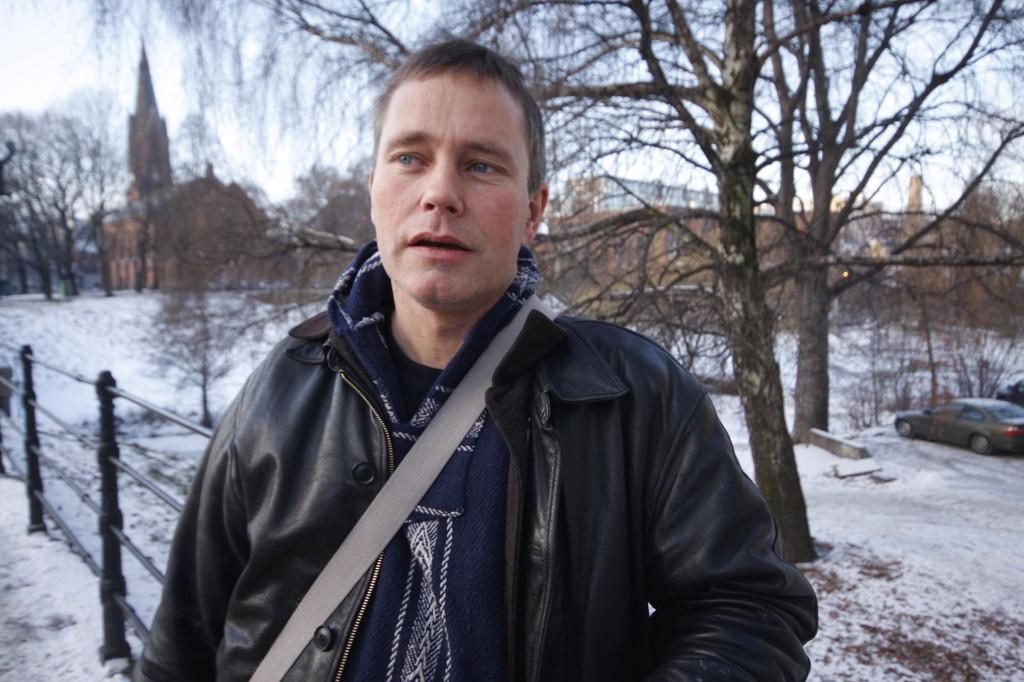 Arild Knutsen i Foreningen for human narkotikapolitikk, mener Oslo Universitetssykehus bommer kraftig når de går inn for å legge metadon- og subutexutdeling på anbud.