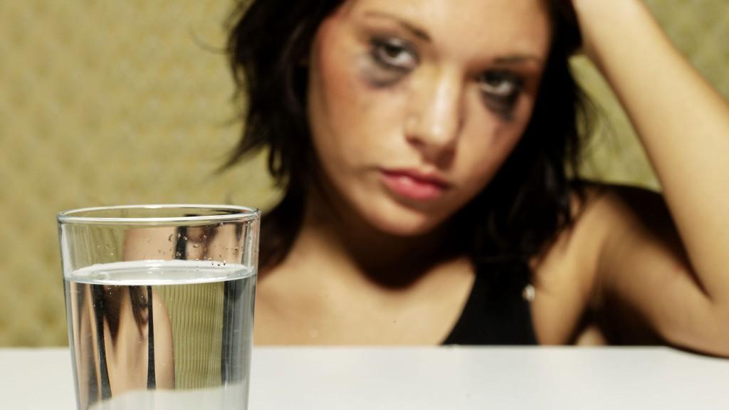 hvor lenge varer et migreneanfall