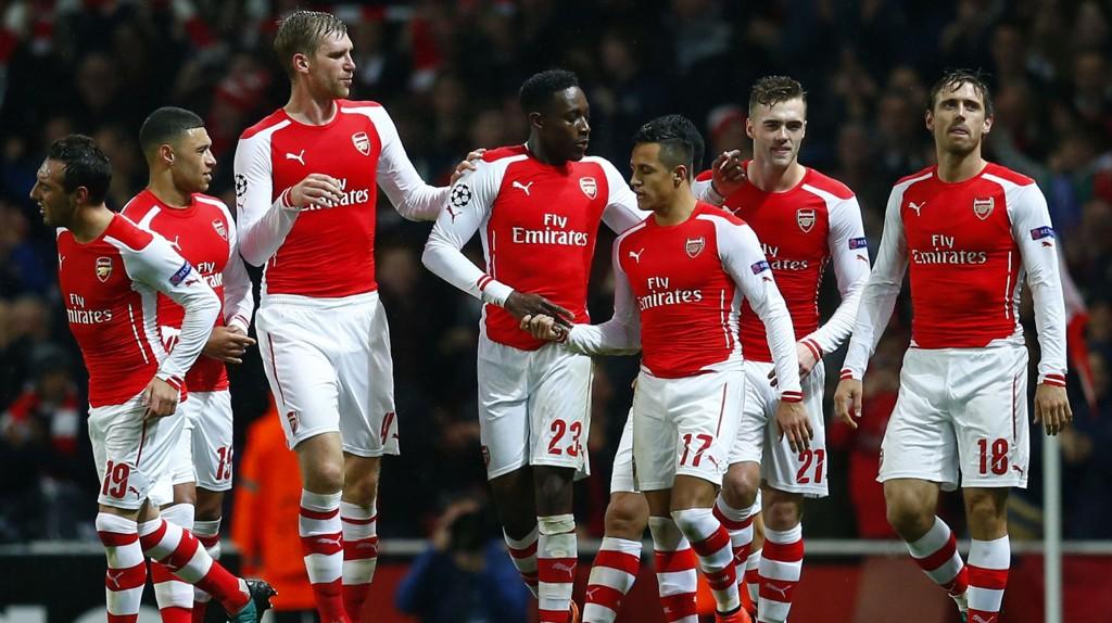 Arsenal kan stille med et sterkt mannskap i kveldens toppkamp mot Southampton selv om skadelisten fortsatt er lang.