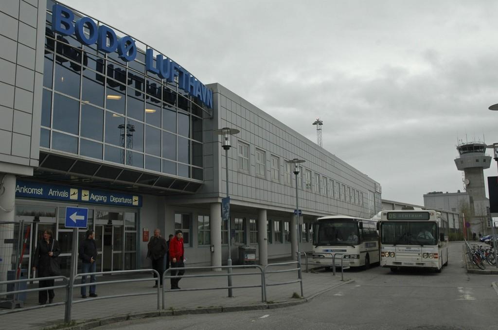 KAOS: Lynnedslag i et fly førte til kaos på Bodø Lufthavn onsdag. Foto: Vidar Berg (Avisa Nordland)
