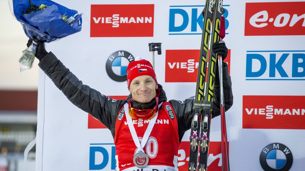 Ondrej Moravec jubler etter andreplassen i Østersund lørdag.