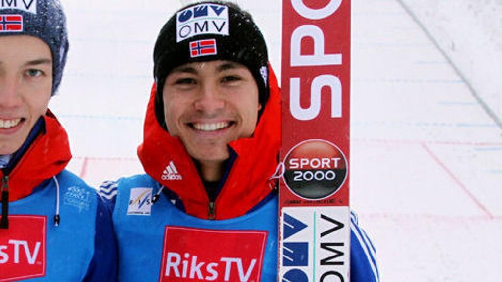 Anders Bardal har nærmest holdt norsk hoppsport oppe alene de siste årene. Nå stjeler 18-åringen Phillip Sjøen litt av oppmerksomheten.
