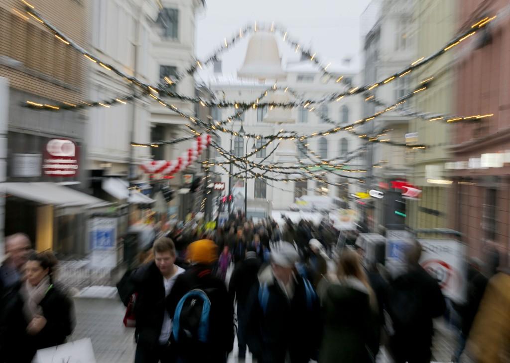 Oslo 20141218. Jul. Nordmenn handler som aldri før i dagene før julaften. Foto: Terje Pedersen / NTB scanpix
