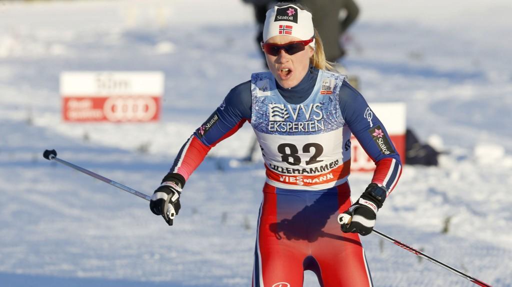ER MED: Ragnhild Haga går Tour de Ski for Norge.