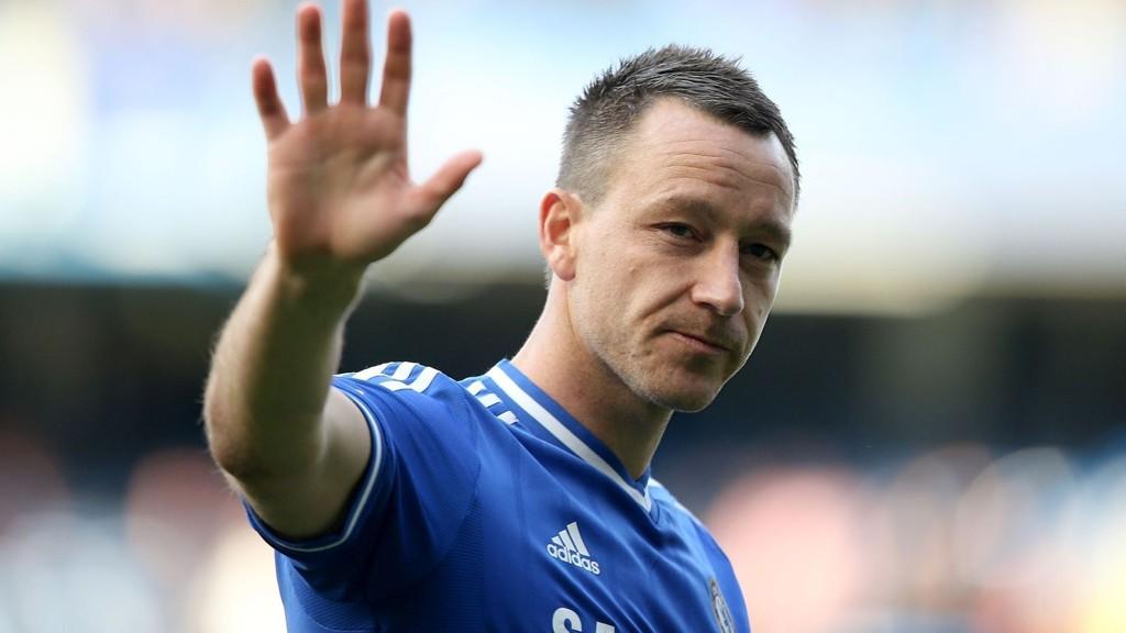 Chelsea-manager José Mourinho mener kaptein John Terry presterer på akkurat samme høye nivå som for ti år siden.
