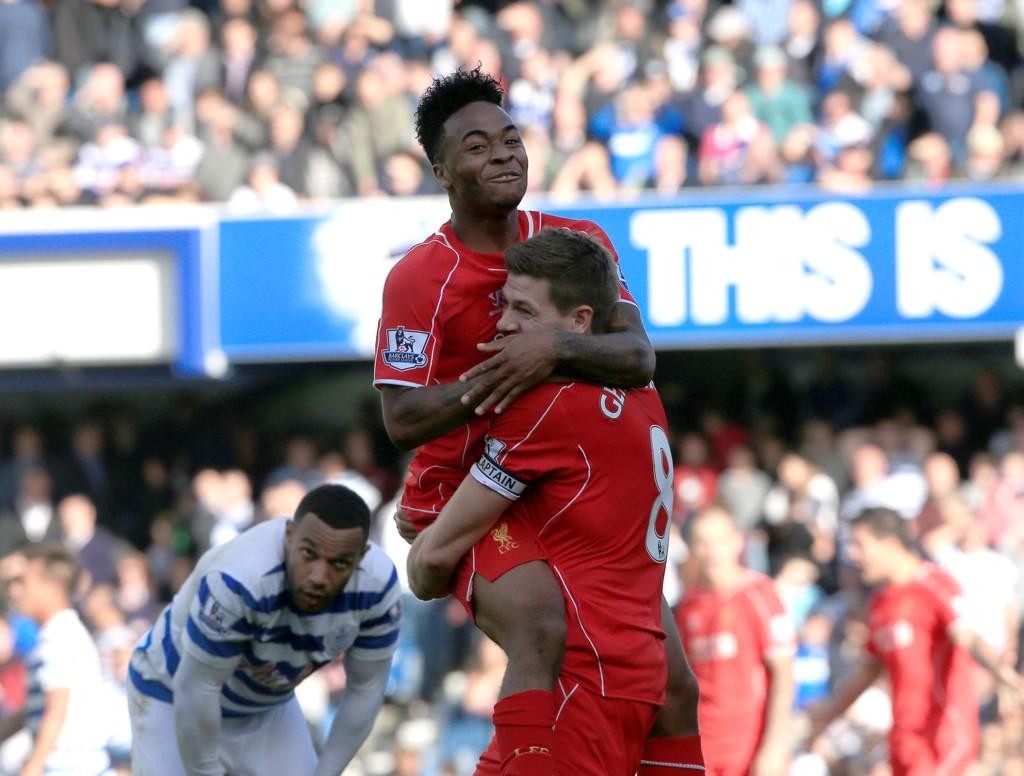 Endelig grunn til å juble litt for Raheem Sterling og Steven Gerrard.