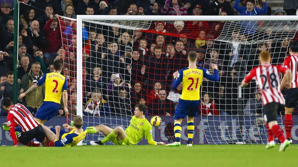 RØR: Forsvarsspillet til Arsenal imponerte ingen i møtet med Southampton.