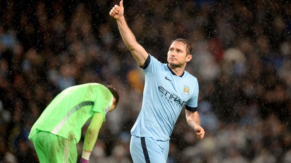 MATCHVINNER: Frank Lampard avgjorde kampen til Manchester Citys fordel og la press på gamleklubben Chelsea.