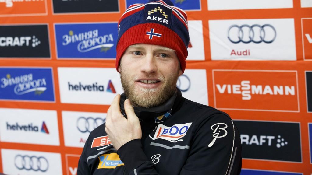 SPÅR JEVN BATALJE: Martin Johnsrud Sundby tror på jevn Tour de Ski.