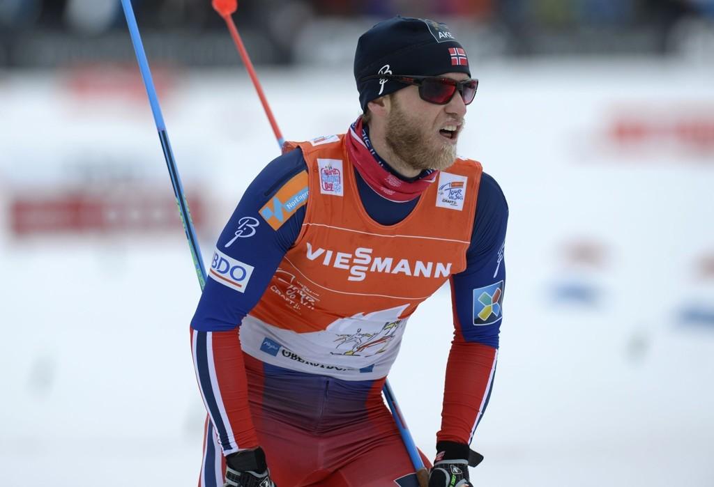 GIKK FEIL: Martin Johnsrud Sundby gikk feil i den siste motbakken på prologen i årets Tour de Ski.