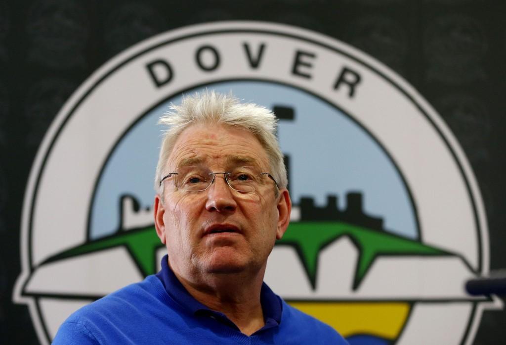 KLAR FOR KAMP: Chris Kinnear og Dover Athletic er klar for kamp mot Crystal Palace.