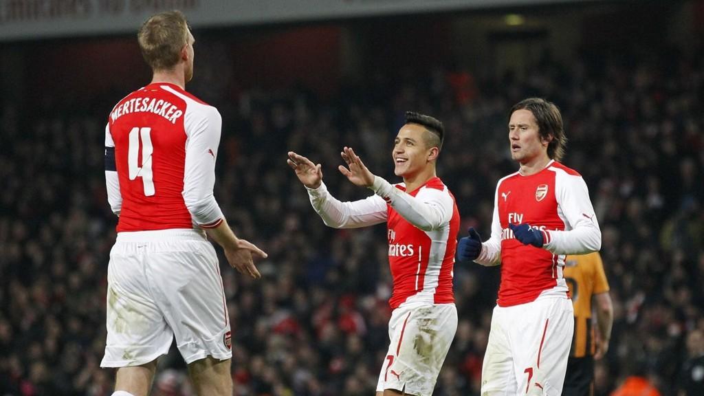 MÅLSCORERE: Alexis Sanchez og Per Mertesacker scoret begge mot Hull søndag.