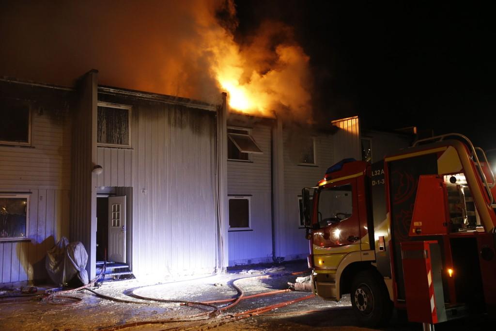 Tre personer omkom i rekkehusbrannen i Nedre Eiker.