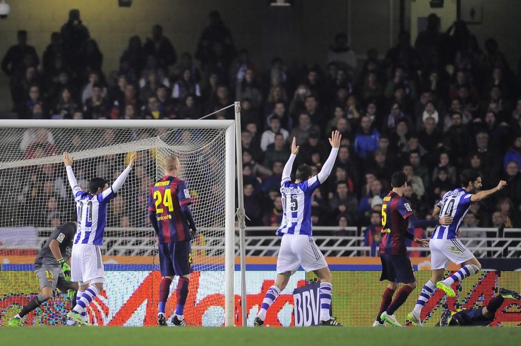 MÅL: Her har Jordi Alba nettopp sendt ballen i eget mål.