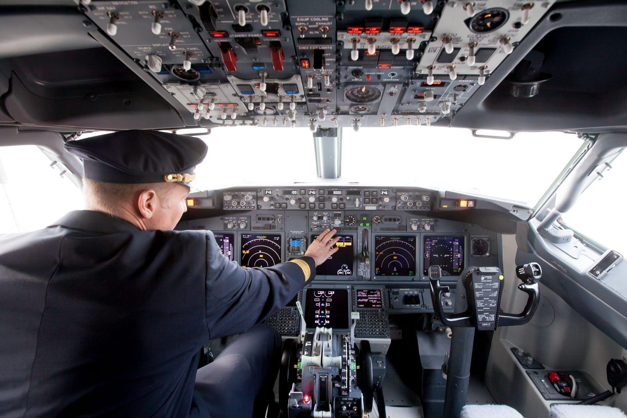 VERSTE OPPLEVELSER: Det er mye piloter opplever som vi bak i flyet aldri får høre om - heldigvis. Illustrasjonsbilde.