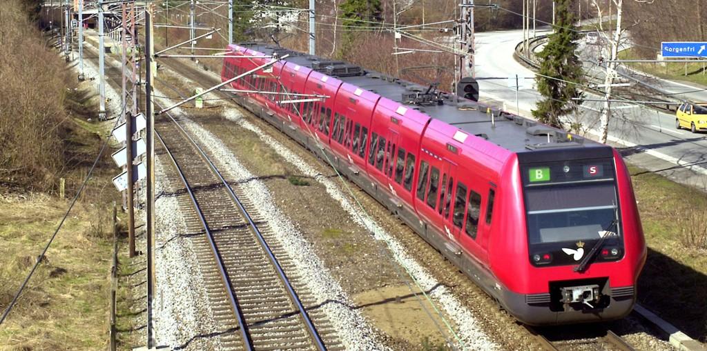 Så kalte s-tog - som er en mellomting mellom lokaltog og t-bane, kan bli virkeligheten i Oslo i framtida. Her fra s-toget i København.