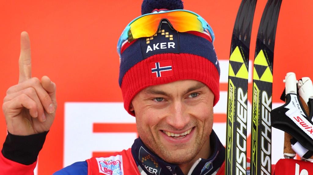 Petter Northug har vist flott form så langt i Tour de Ski og bør ha bedre vinnersjanser enn Dario Cologna på dagens 10 km.