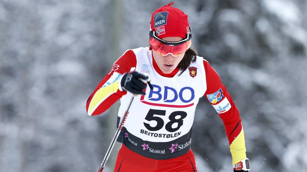 Fredag var det sesongåpning for langrennsfolket på Beitostølen. Heidi Weng gikk inn til en tredjeplass på 10 km kvinner.