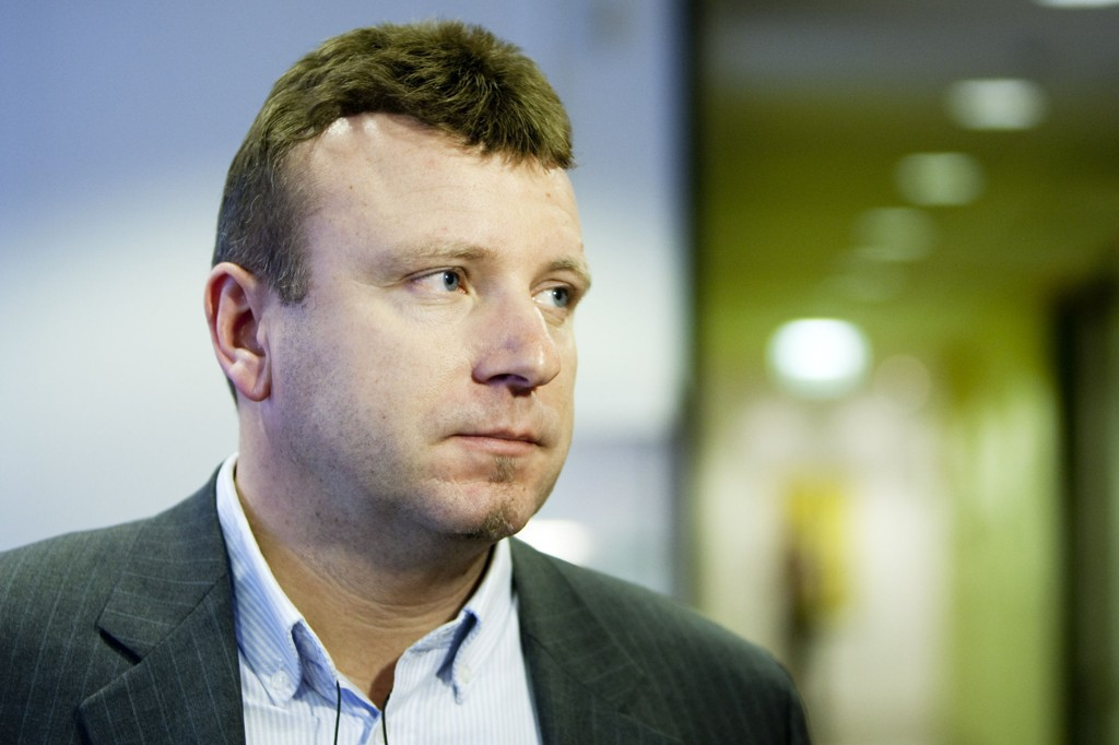 FØLGER UTVIKLINGEN NØYE: Vebjørn Selbekk ble selv truet på livet etter å ha trykket karikaturer.