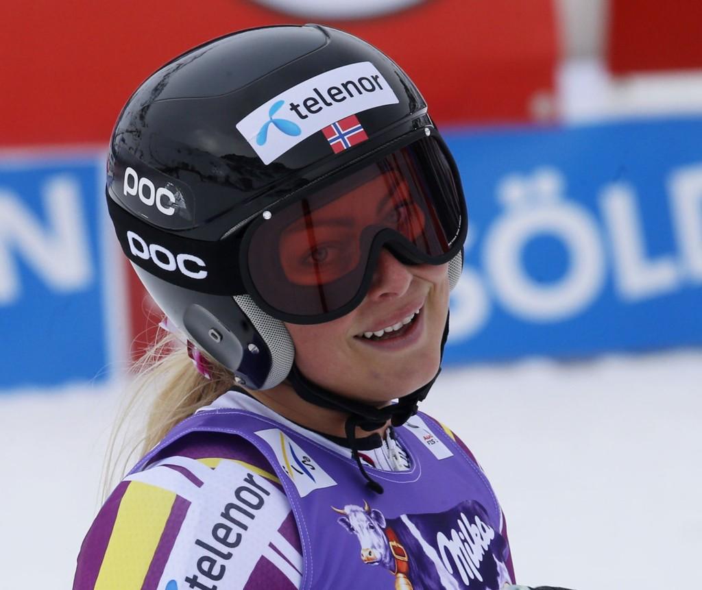 STERK VIND: Ragnhild Mowinckel & co får ikke kjøre i Østerrike lørdag.