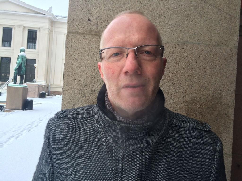Arne Jensen i Norsk Redaktørforening sier at krenking kan være et tegn på inkludering.