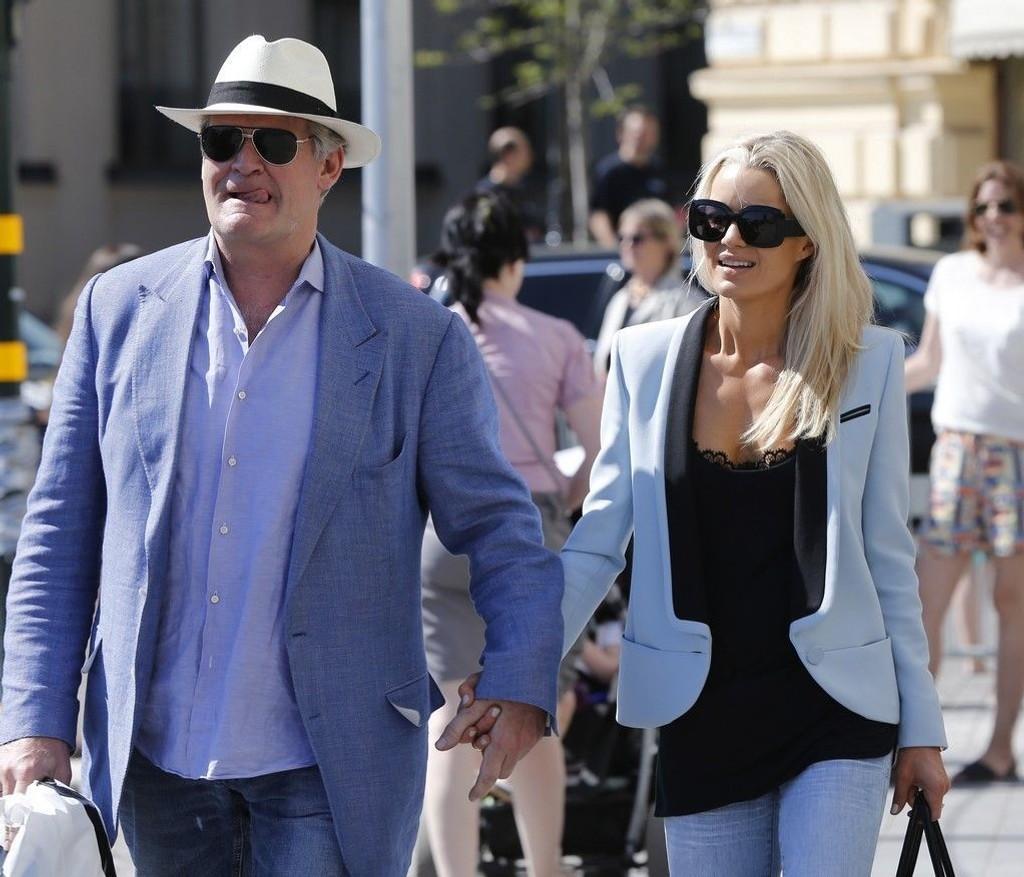 Kjendis- og milliardærparet Celina Midelfart og Tor Olav Trøim saksøkes av tidligere hushjelp i Miami.