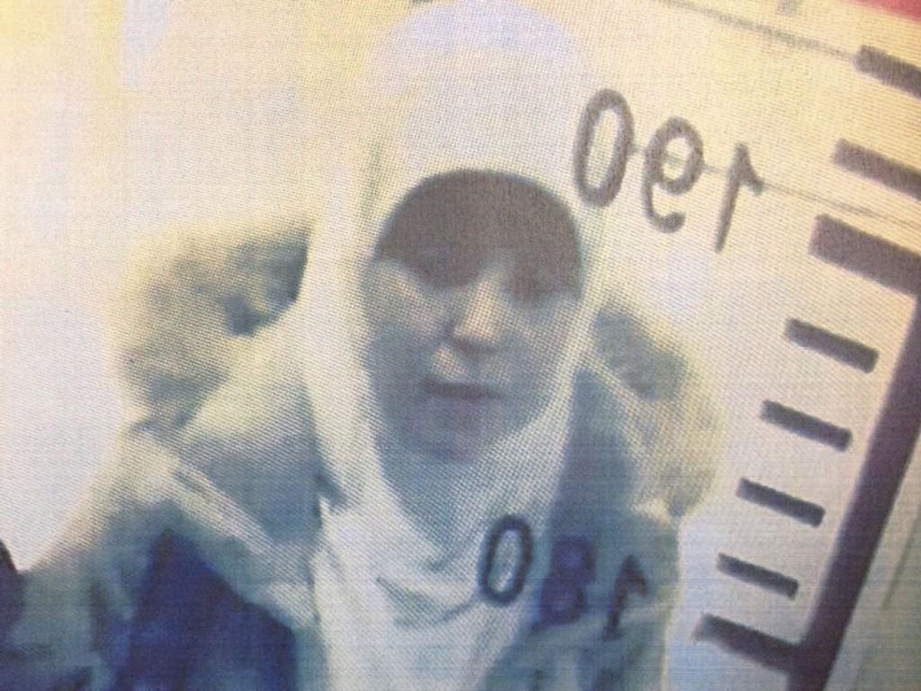 I TYRKIA: Bilde av den etterlyste Hayat Boumeddiene tatt av overvåkingskamera på flyplassen i Istanbul 2. januar. Hun er en av de som er etterlyst etter terrorangrepet i Paris sist uke.