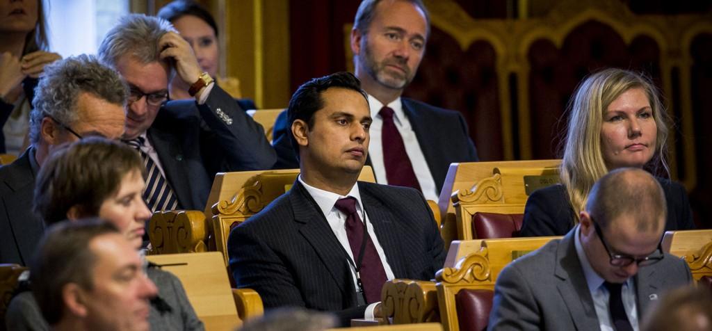 Mudassar Kapur, stortingsrepresentant for Høyre er bekymret over at Pegida nå er i Norge.