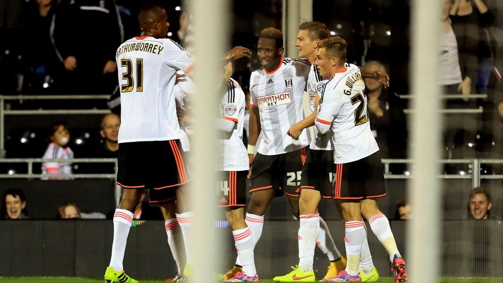 Fulham ble slått ut av ligacupen i fjerde runde, men er fortsatt med i FA-cupen.