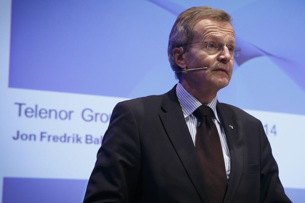 Konsernsjef i Telenor Jon Fredrik Baksaas forklarer seg igjen.