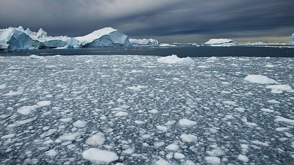 Olje og gass i arktis må ligge i bero, er beskjeden.