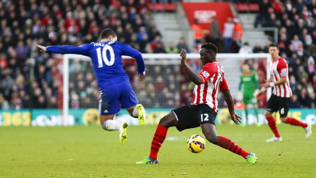 Southamptons midtbanespiller Victor Wanyama pådro seg en strekk i låret under FA-cupkampen mot Ipswich onsdag.