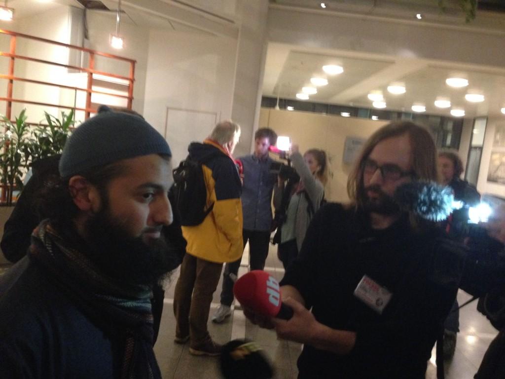 DØDSSTRAFF: Ubaydullah Hussain mener norske som har publisert Muhammed-tegningene bør ha dødsstraff.