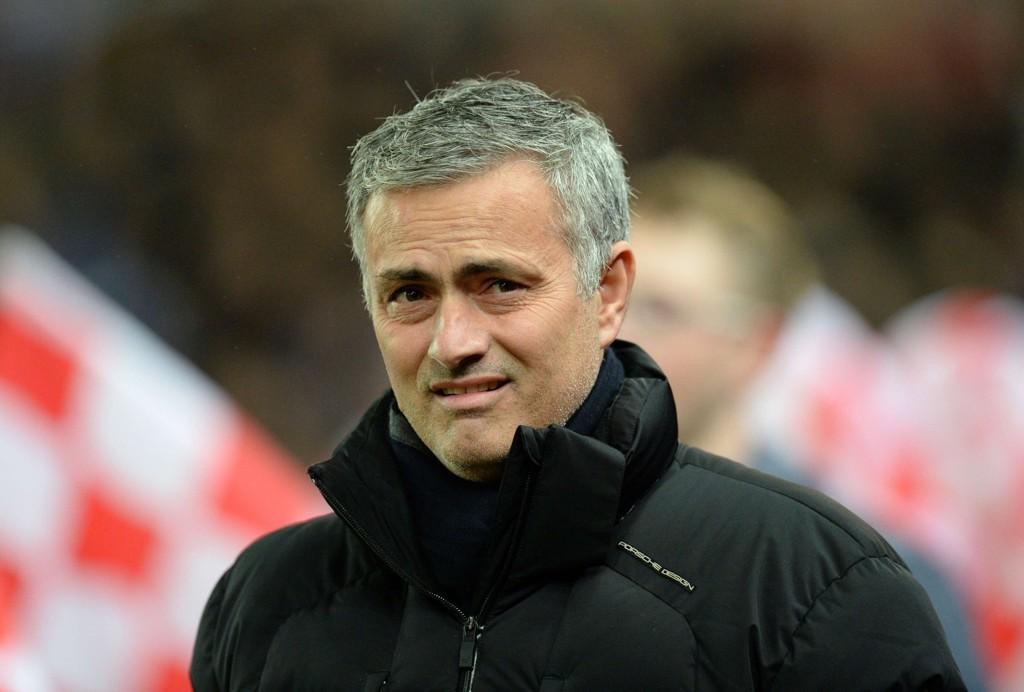 SYRLIG STIKK: Jose Mourinho slenger med leppa.