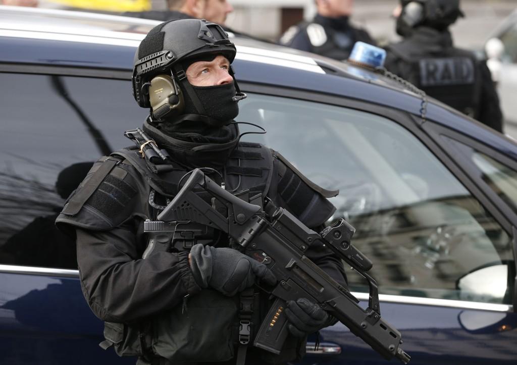 Al-Qaida og IS kan samarbeide lokalt i Europa, selv om terrornettverket offisielt har tatt avstand fra opprørsgruppen.