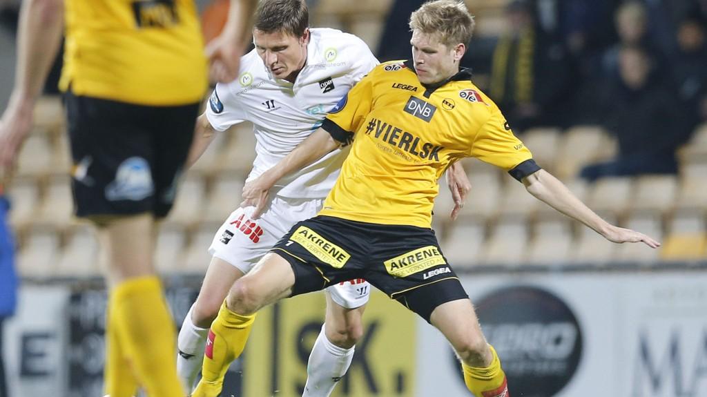 Johan Anderssons avtale med Lillestrøm gikk ut i 2014. Lørdag ble svensken enig med klubben om å fortsette karrieren på Åråsen.