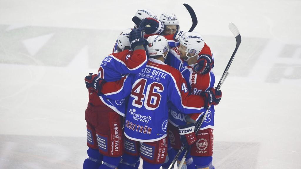 Vålerenga-spillerne kunne juble for en meget sterk seier over serieleder Stavanger Oilers forrige hjemmekamp. I kveld kommer sølvplasserte Storhamar på besøk.